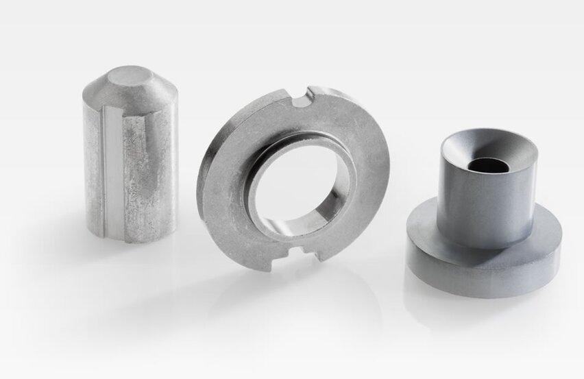 Sintered-metal structural parts for magnetic valves for regulating oil flow